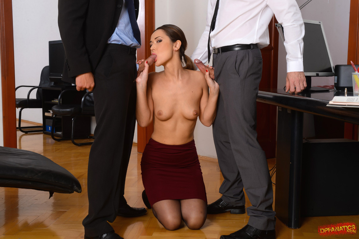 Japanese Girl Playing The Bad Office Slut Gives Hot Blowjob Tnaflix Porn Pics