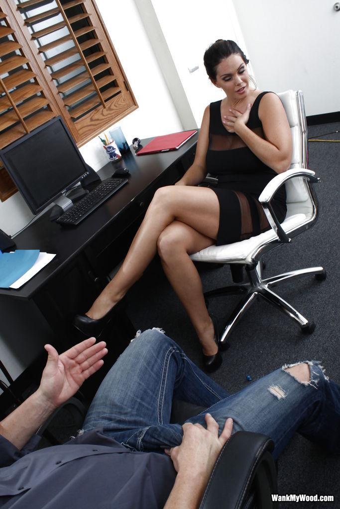 Alison Tyler - В офисе - Галерея № 3518564