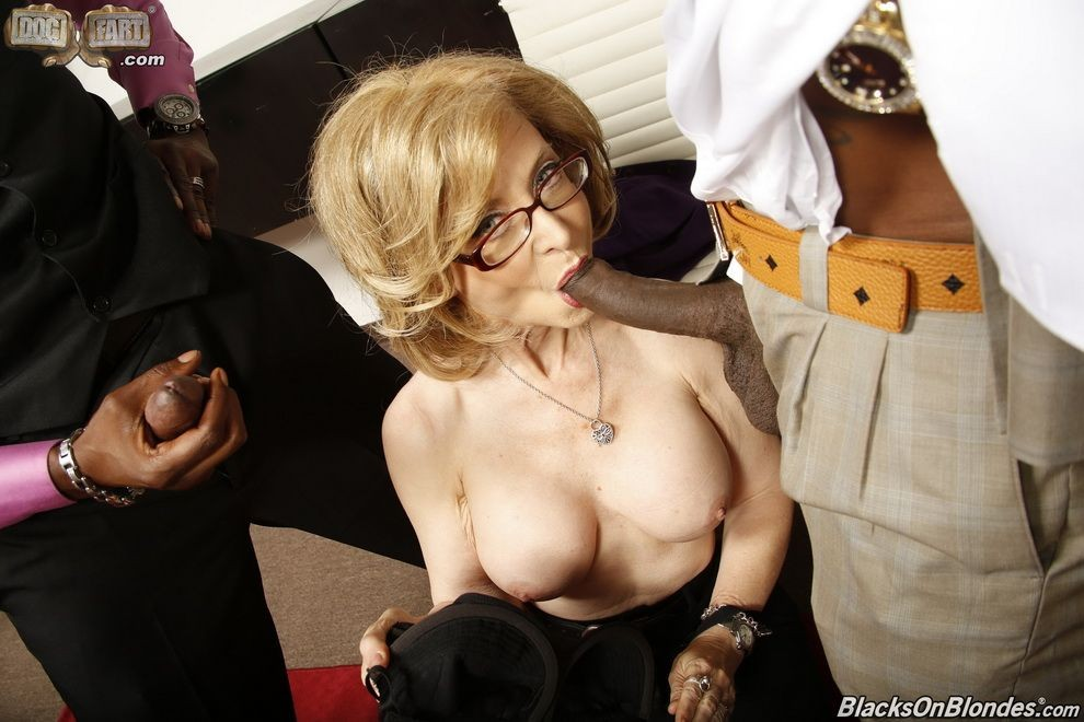 Nina Hartley - В офисе - Галерея № 3530718