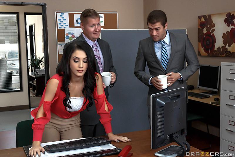 В офисе - Галерея № 3517206
