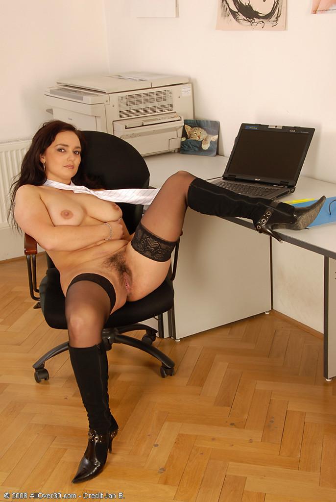 В офисе - Галерея № 2589292