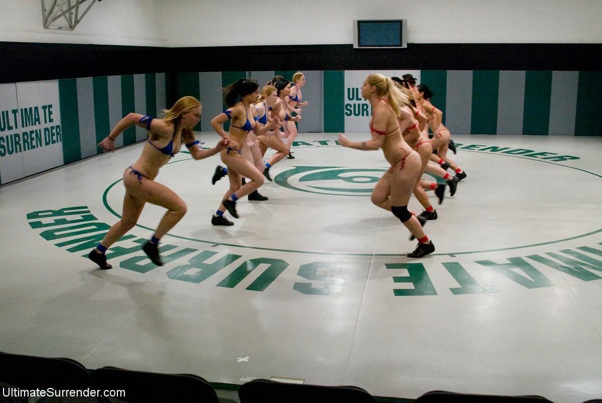 Оргия женщин борцух на ринге