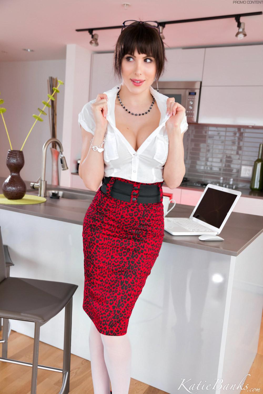Katie Banks - В офисе - Галерея № 3394671
