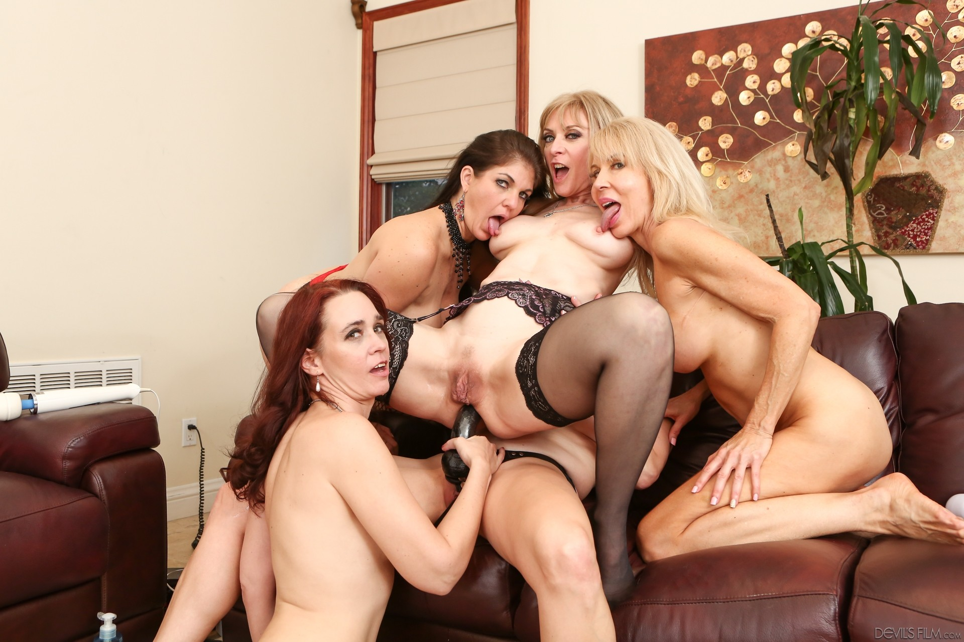 Ashlyn Gere, Bionca, Nina Hartley In Lesbians Make Love In Hot Classic Xxx Three