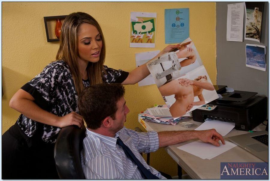 В офисе - Галерея № 3180144