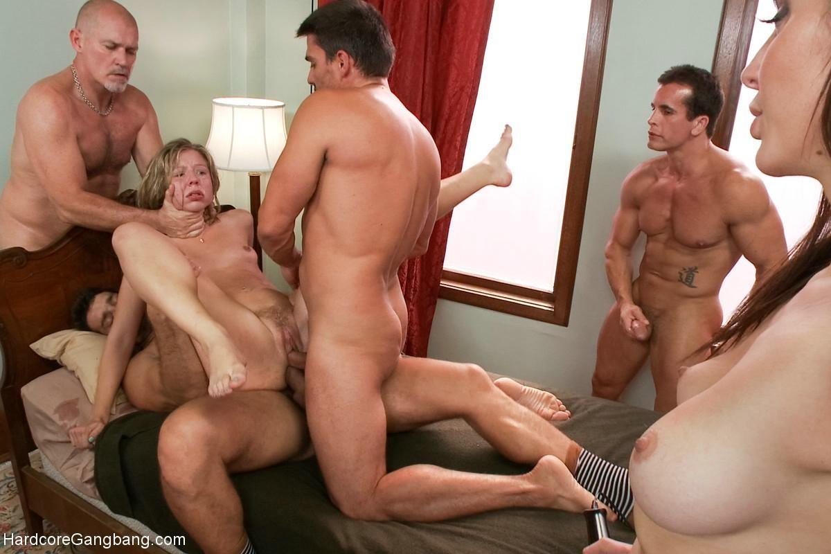 Chastity Lynn попала на вечеринку к грубым мужчинам