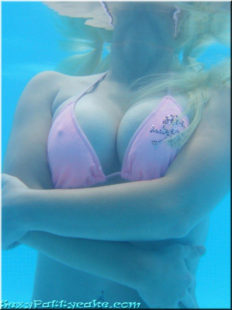 Sexy Pattycake - В бассейне - Галерея № 1702986