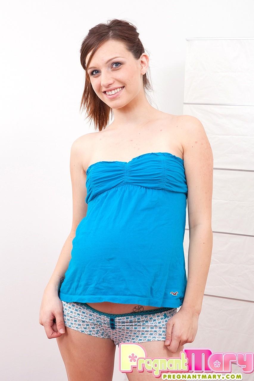Pregnant Mary - Беременная - Галерея № 3452202