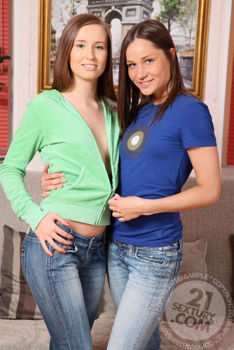 Ashley, Willa, Shira - Лижут жопу (римминг) - Галерея № 3052375