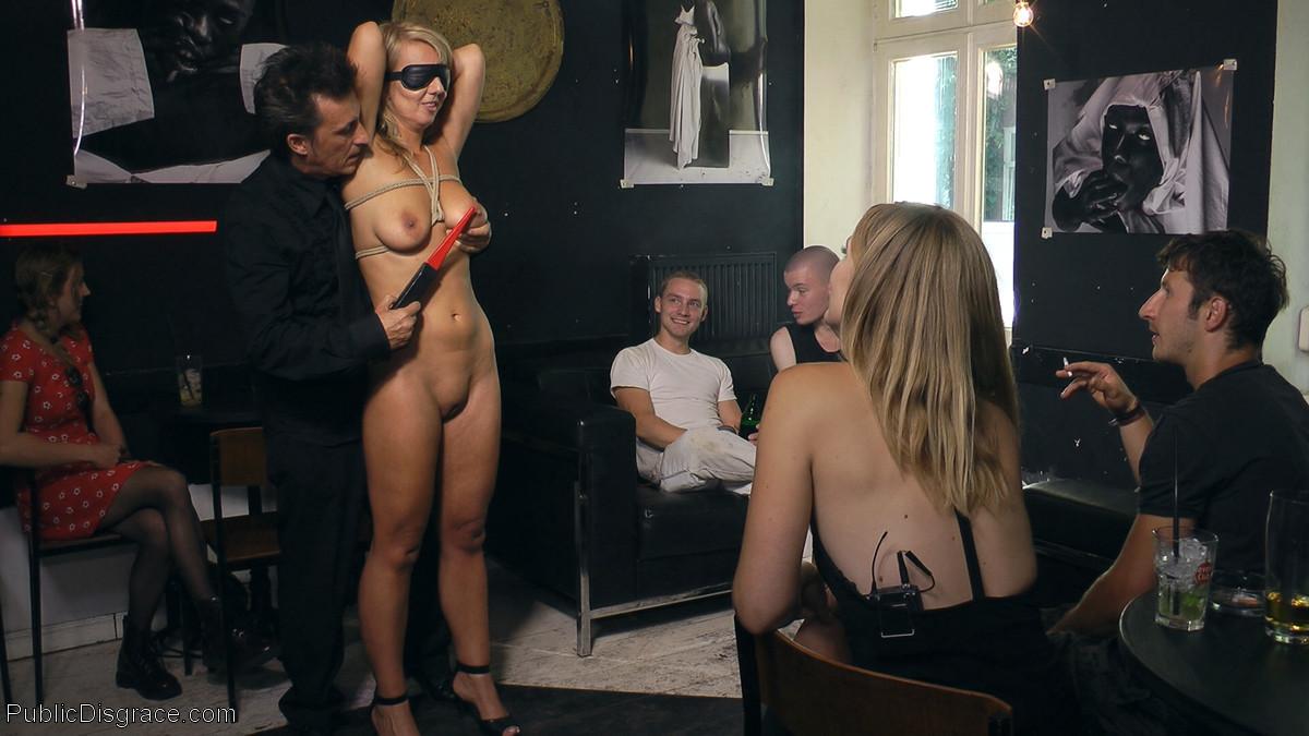 Luci Angel, Conny Dachs, Mona Wales - Публичное - Галерея № 3508970