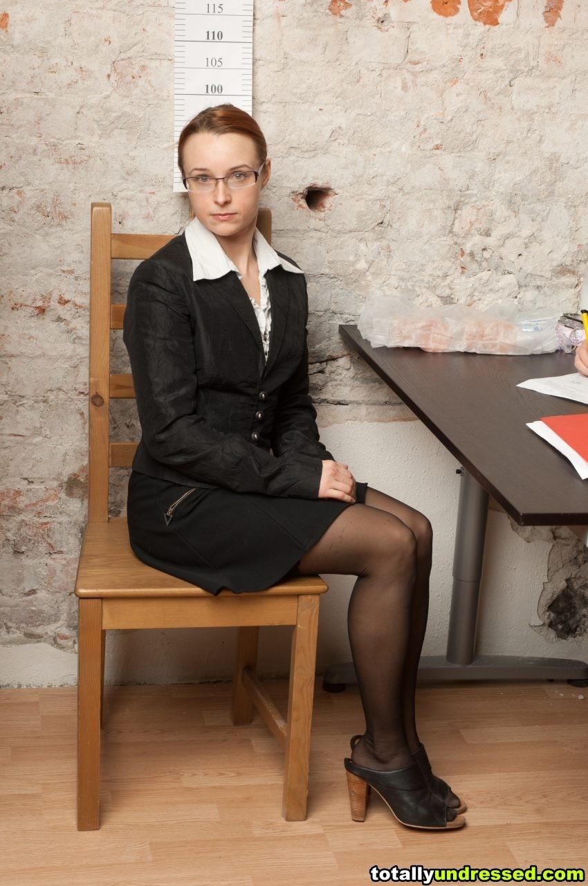 Секретарша - Галерея № 3500941
