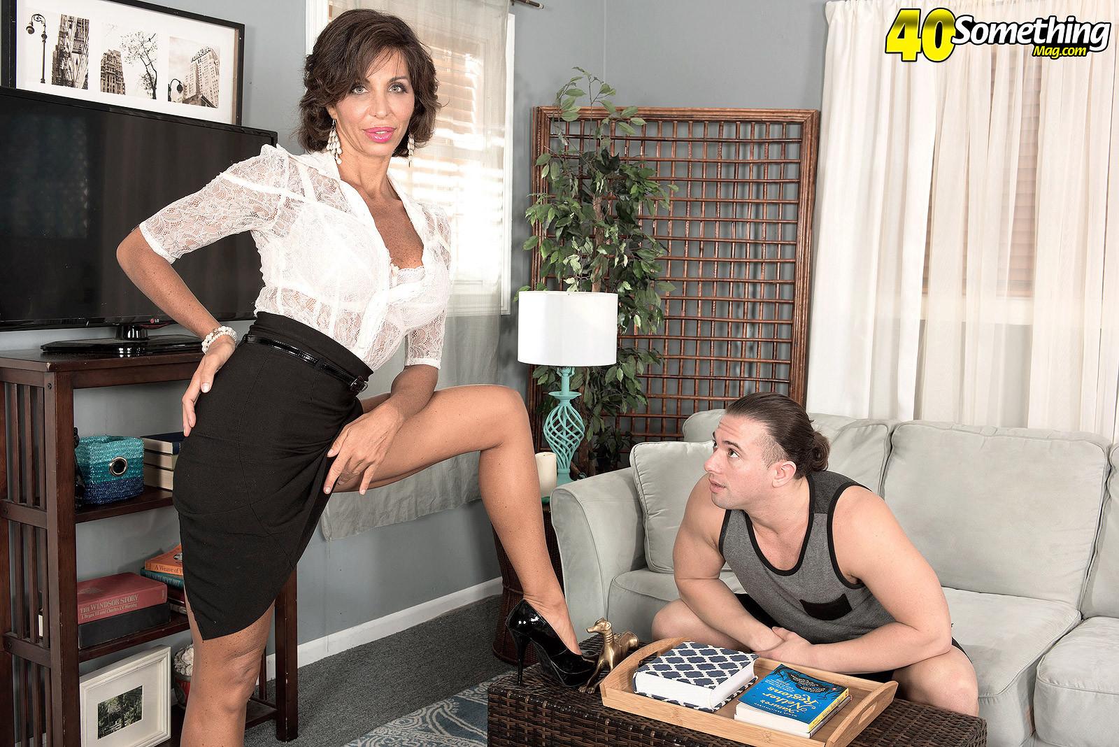 Lyla Lali - Секретарша - Галерея № 3492410