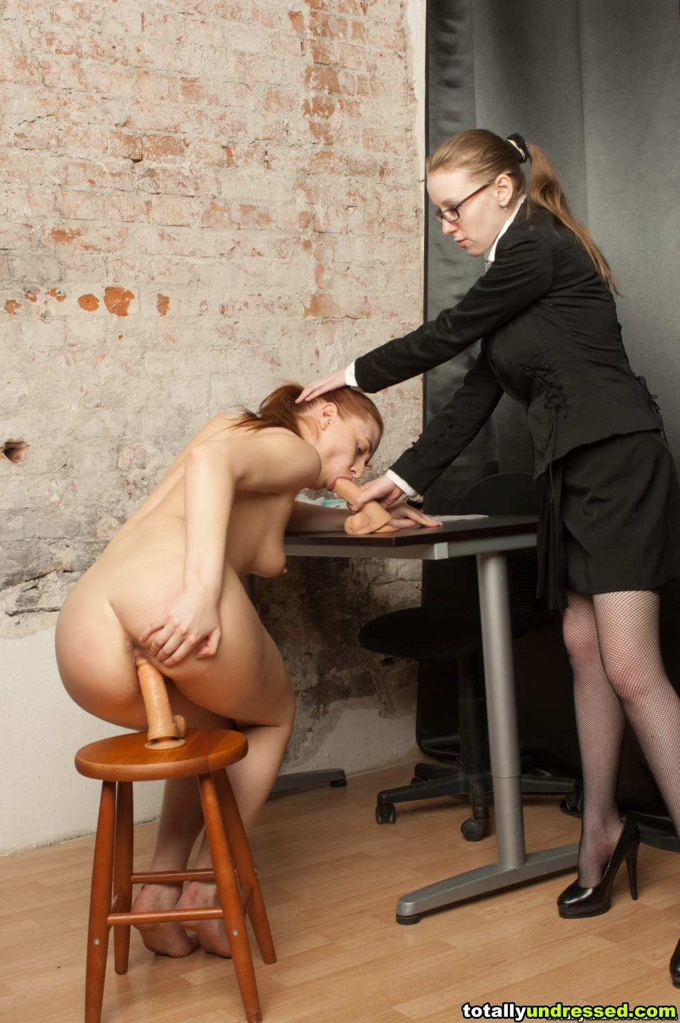 Секретарша - Галерея № 3499991
