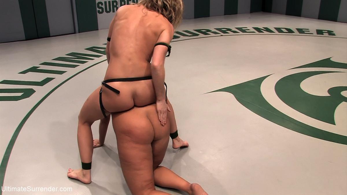 Mellanie Monroe, Ariel X - Страпон - Галерея № 3417720