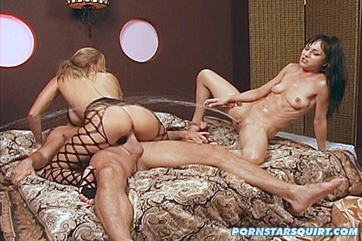 Сквирт (струйный оргазм) - Галерея № 2268397