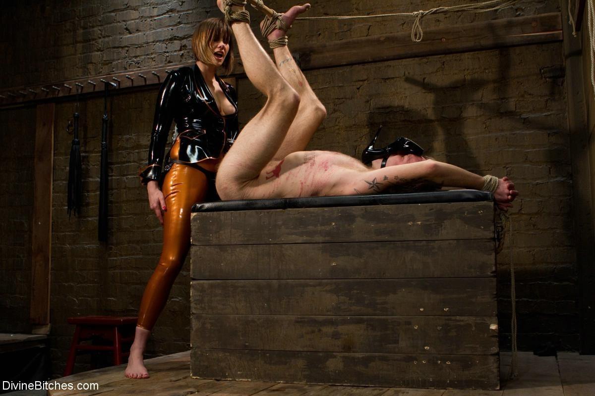 Maitresse Madeline, Riley Vlcek - Страпон - Галерея № 3436239