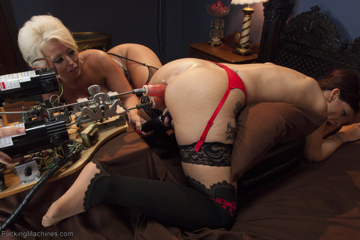 Syren De Mer, Alura Jenson - Сквирт (струйный оргазм) - Галерея № 3486165