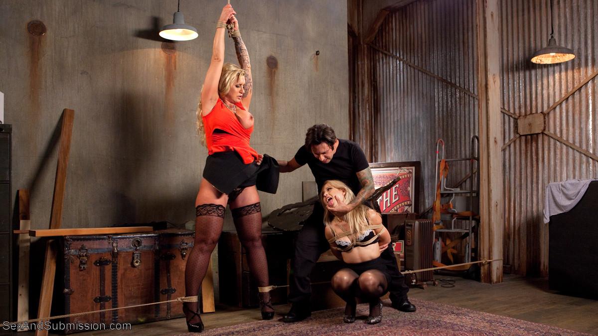 Tommy Pistol, Goldie, Ryan Conner - Секс втроем - Галерея № 3485784