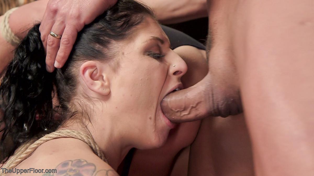 Fallon West, Marco Banderas, Roxanne Rae - Секс втроем - Галерея № 3513758