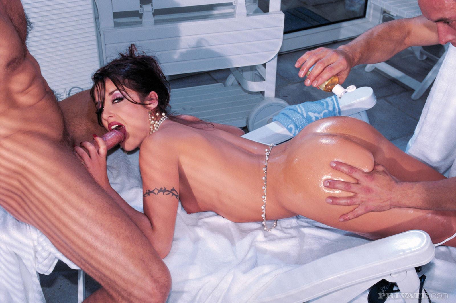 Tiffany Hopkins - Секс втроем - Галерея № 3482594