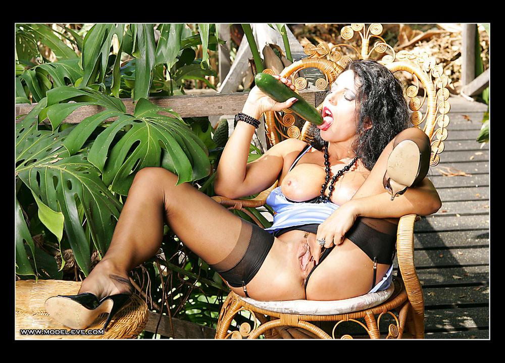 Model Eve - Секс игрушки - Галерея № 3549475