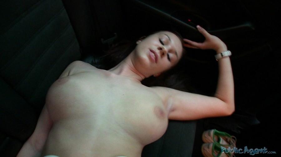 Natalie - Под юбкой - Галерея № 3368424