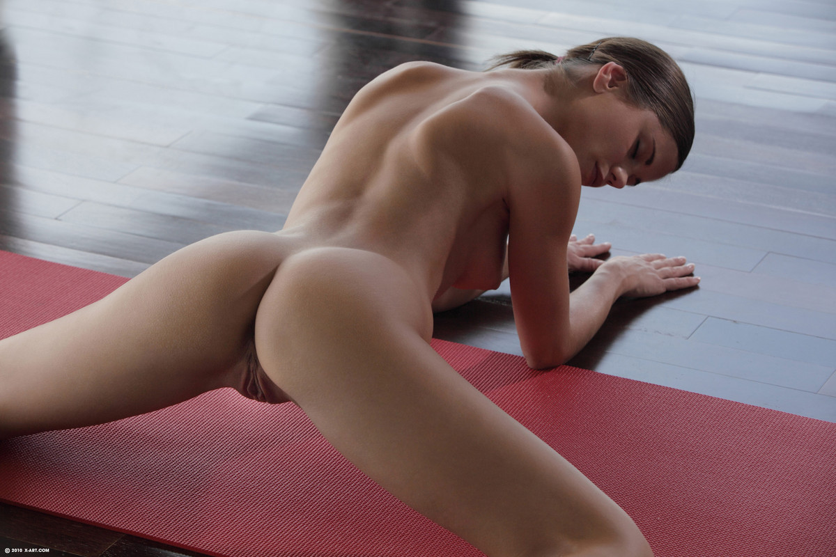 Wet Pussy Yoga On Gotporn