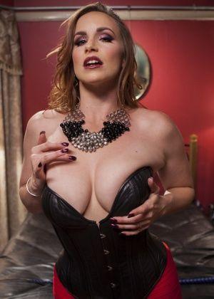 Bella Rossi, Nikki Darling - Анальный секс - Галерея № 3487561