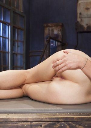 John Strong, Audrey Holiday - Анальный секс - Галерея № 3493245