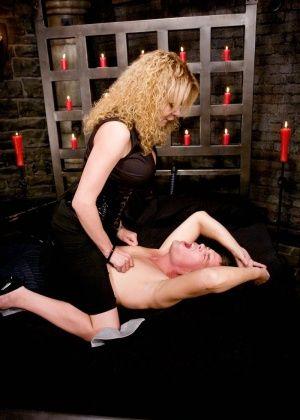 Gia Darling, Julian Fornatora - Анальный секс - Галерея № 3436332