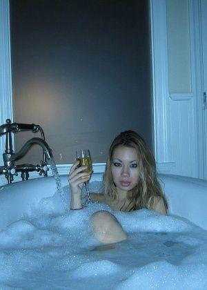 В ванной - Галерея № 3514408