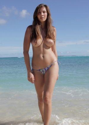 На пляже - Галерея № 3536139
