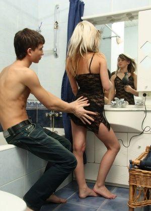 В ванной - Галерея № 3463490