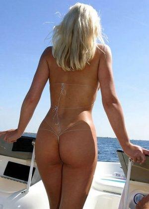На пляже - Галерея № 2989338