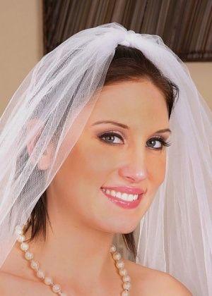 Mindy Main - Невесты - Галерея № 2839303