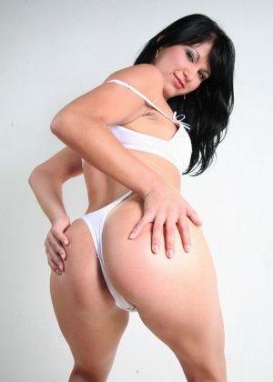 Хорошая голая бразильянка Daniela Matarazzo