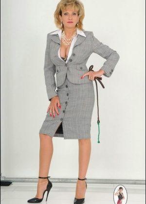 Lady Sonia - С боссом - Галерея № 3435265