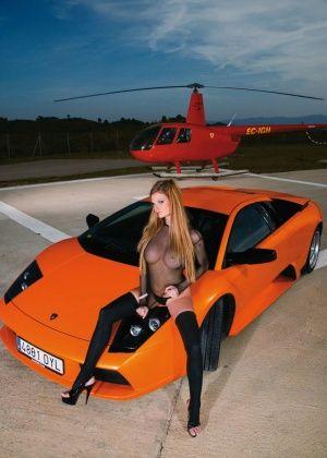 Tarra White - В машине - Галерея № 3264631