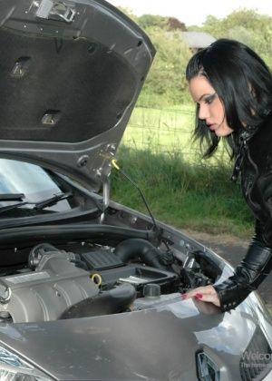 Tina Marie - В машине - Галерея № 3528076