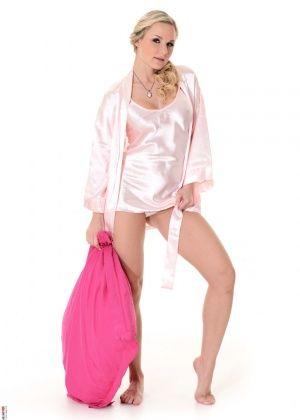 Angela Diamond - Фигуристые женщины - Галерея № 3414178