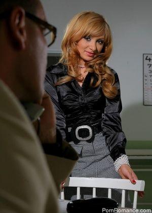 Lea - У врача - Галерея № 2548749