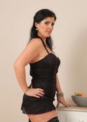 Montse Swinger - Сочные женщины - Галерея № 3541845