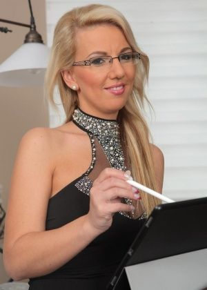 Luci Angel - Сочные женщины - Галерея № 3542391