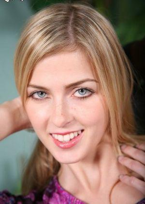Abigaile Johnson - Фигуристые женщины - Галерея № 3413568