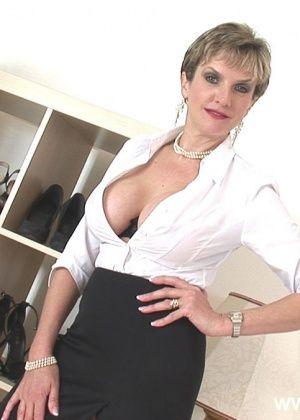 Lady Sonia - Сперма на лицо - Галерея № 3359749