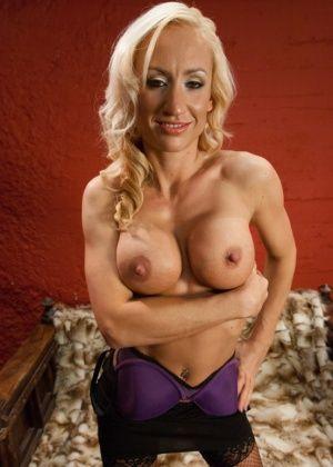 Amber Rayne, Zoey Portland - Фистинг - Галерея № 3383098