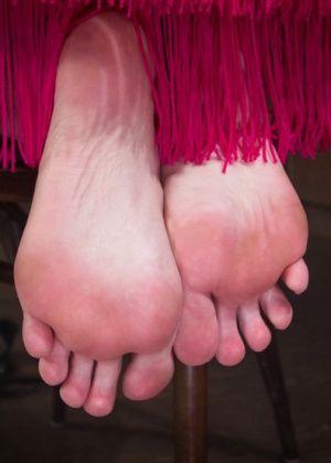 Mickey Mod, Chanel Preston - Дрочит ножками (футджоб) - Галерея № 3376004