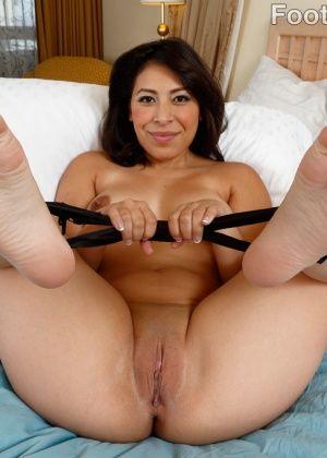 Nicole Ferrera - Красивые ножки - Галерея № 3467372
