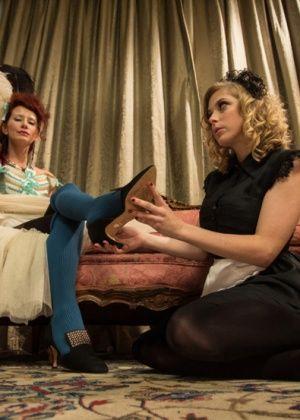 Maitresse Madeline, Penny Pax - Дрочит ножками (футджоб) - Галерея № 3284938