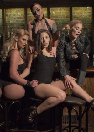 Phoenix Marie, Mistress Kara, Mona Wales, Abella Danger - Фистинг - Галерея № 3548841